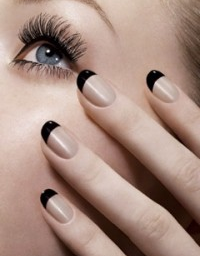 Classic Black Manicure – We love it!