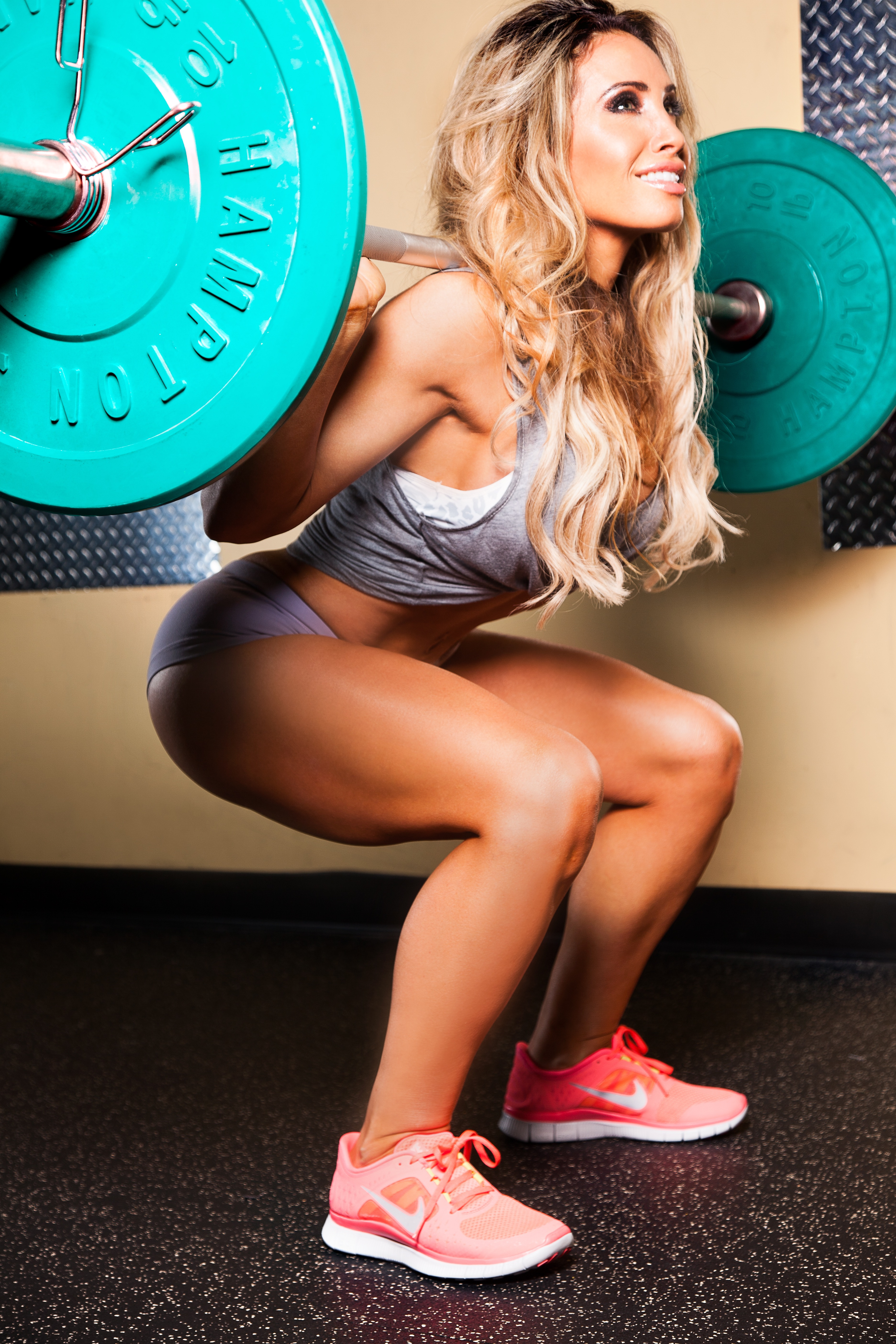 How to build round glutes without a gym